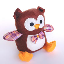 Load image into Gallery viewer, Owl Toy 243816