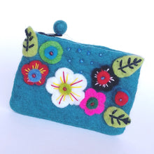 Load image into Gallery viewer, Fair Trade Felted Wool Purse- Posy Green FFLP2