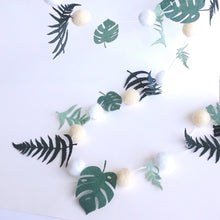 Load image into Gallery viewer, Felted Wool Foliage Garland  102561