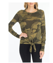 Load image into Gallery viewer, FRONT-TIE CAMO SWEATER GREEN