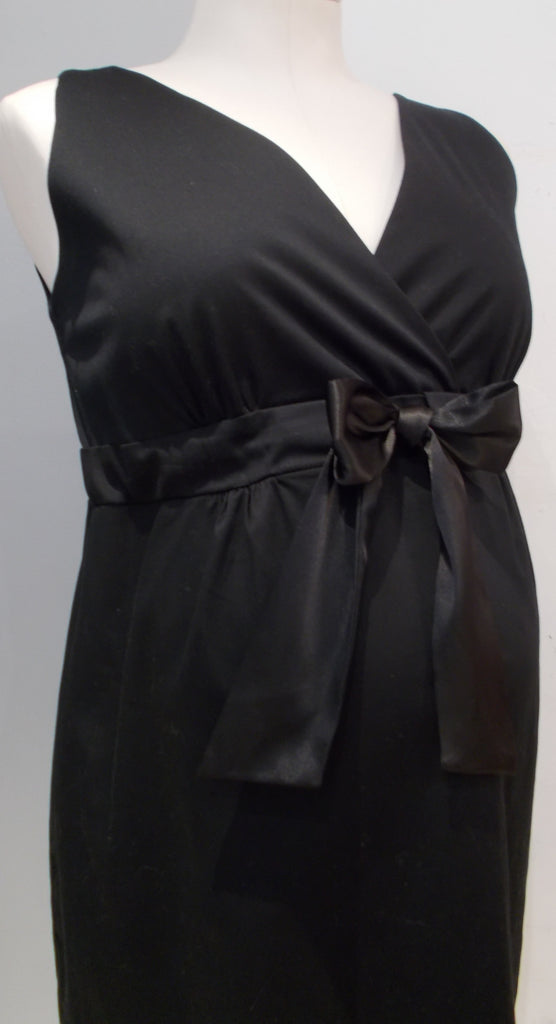 Thyme Maternity black v-neck dress