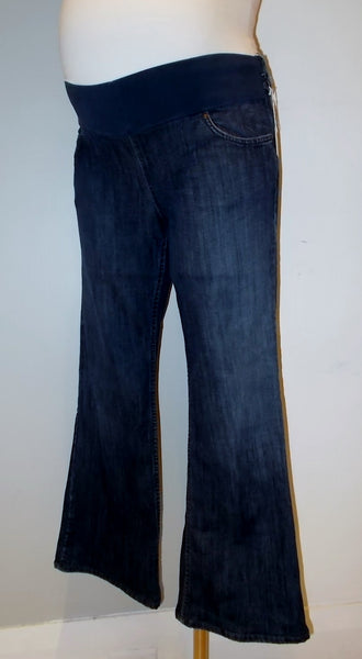 "Juicy Couture Med wash Front panel bootcut jean 29"" Inseam"