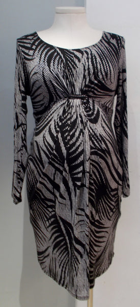 Thyme Maternity shirred front black and white print dress