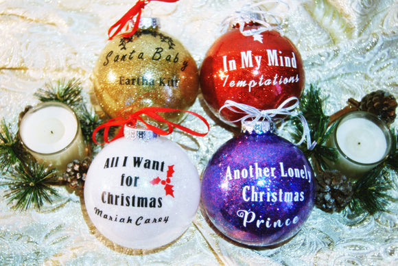 Classic Holiday Music Ornament Set- Large