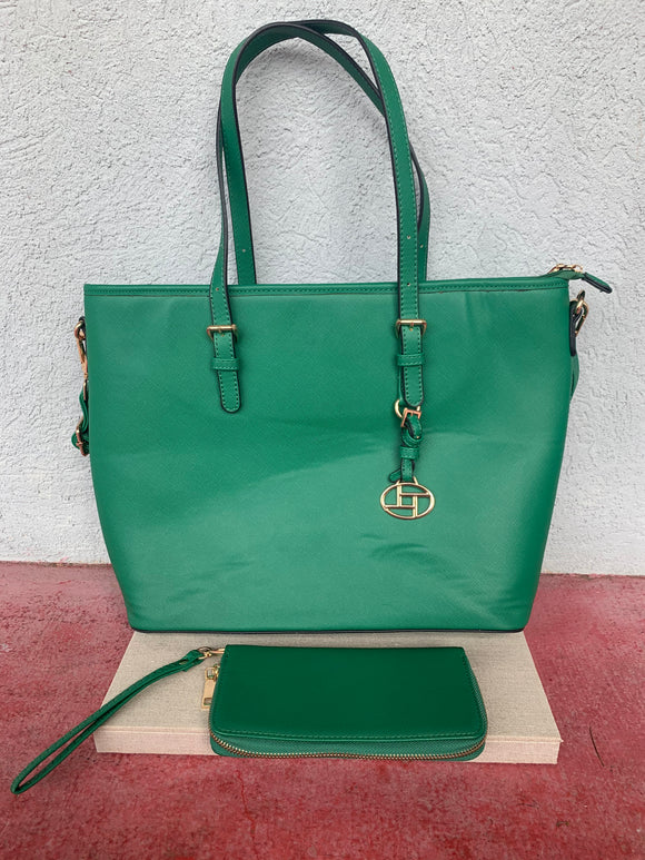 Green Purse With Matching Wristlet