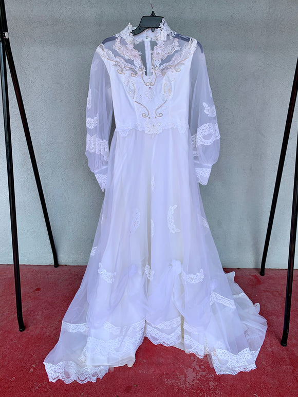 Vintage Lace Wedding Gown, Size S