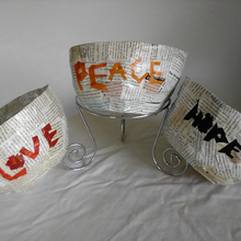 Load image into Gallery viewer, ANNEKE0005 - Love Peace Hope