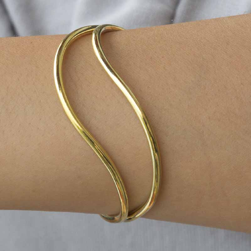 Dao - Curved, Modern Brass Bangle - Marquet Fair Trade