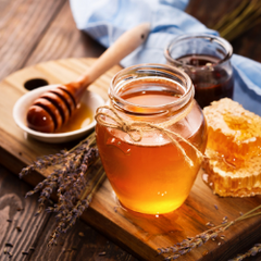 Honey for Throat and Healing