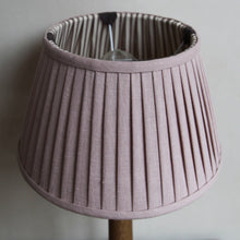 "Load image into Gallery viewer, Pleated lampshade ""Shell / Chocolate"""
