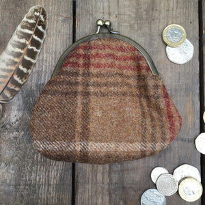 IRIS Brown Check Clipped Purse