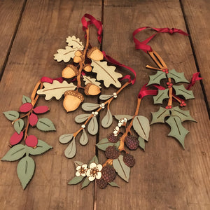 Nature wooden decorations