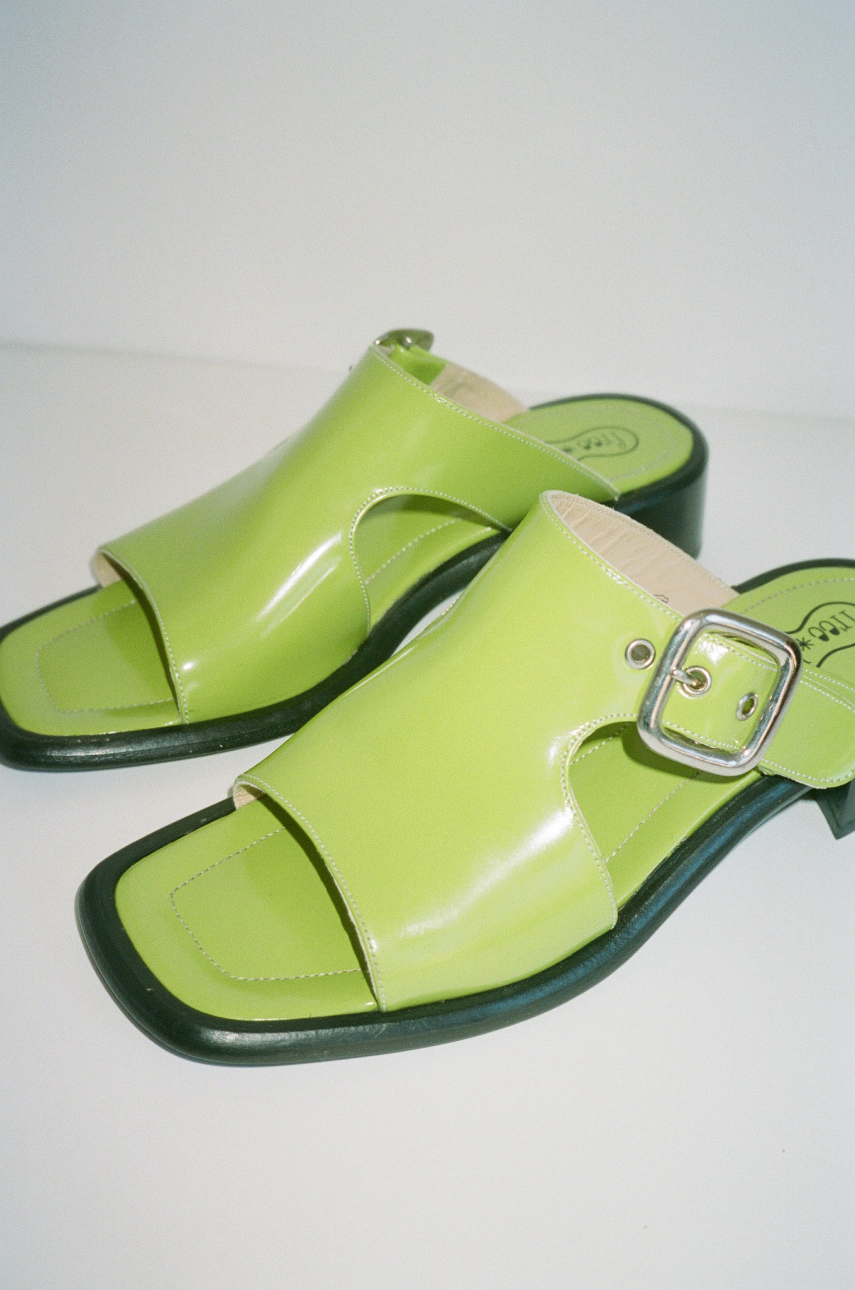 Freelance Green Sandals sz 7.5