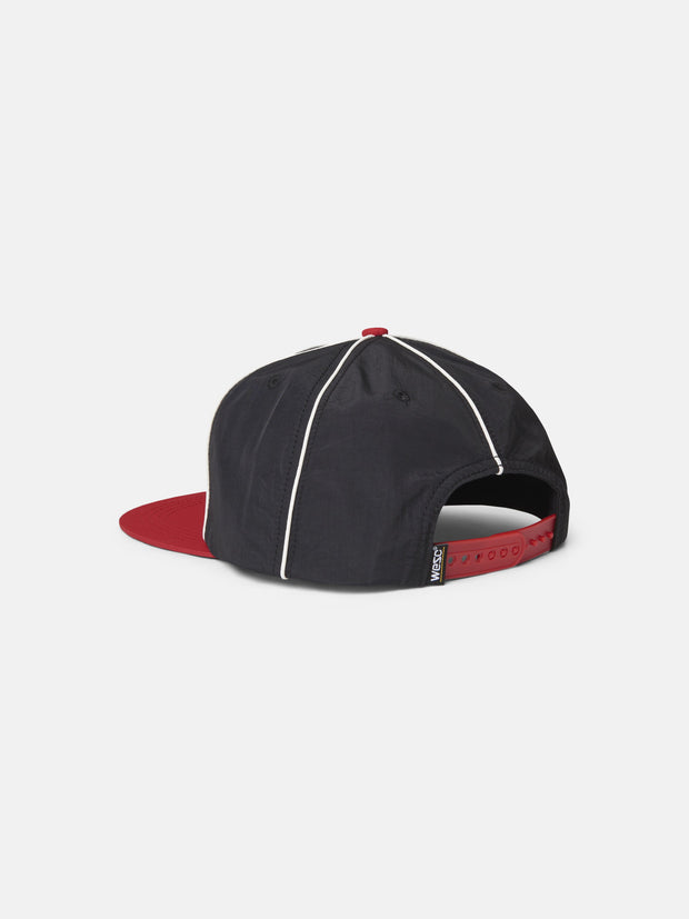 ATHLETIC PIPED SNAPBACK