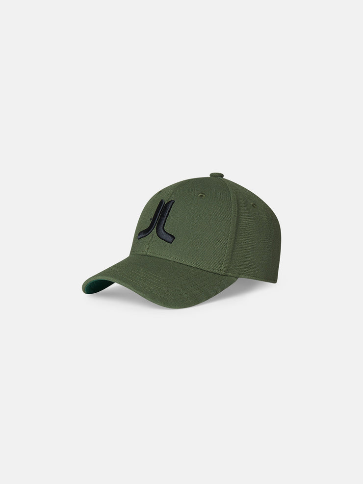 3D EMBROIDERED LOGO STRETCH FIT HAT