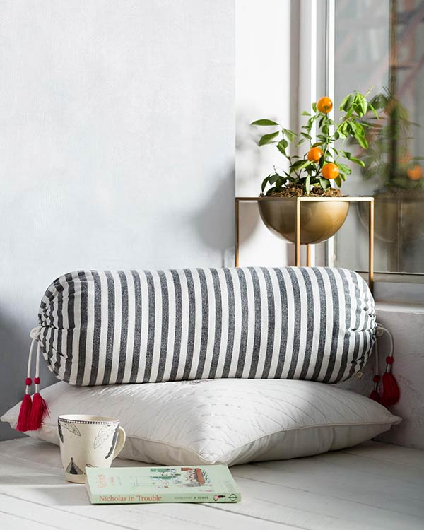 Black & White Bolster