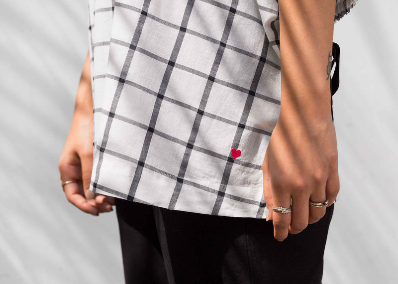 Sleeve Tie Check Top