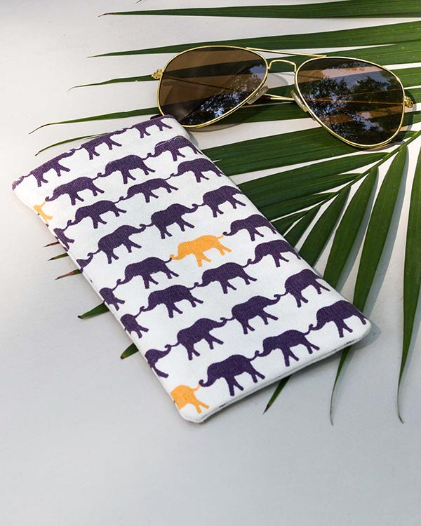 Haathi Spectacle Case - White