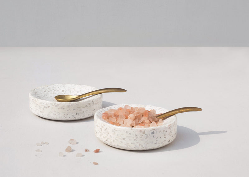 Colombo Pinch Pot with Spoon