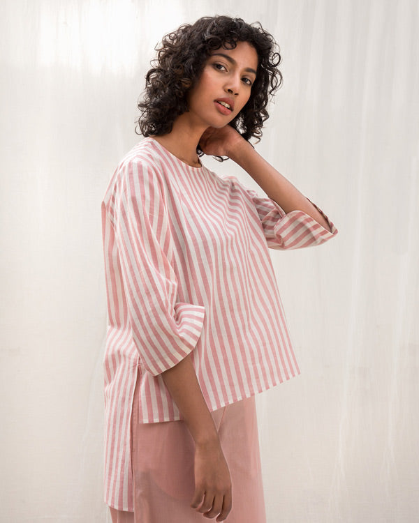 Curved Stripe Hem Top - Pink