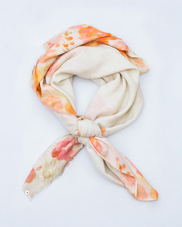 Winter Bloom Scarf - Ivory