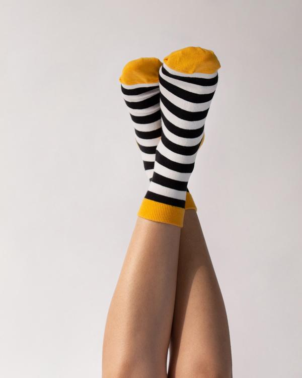 Mime Stripe Socks - Black & Ivory