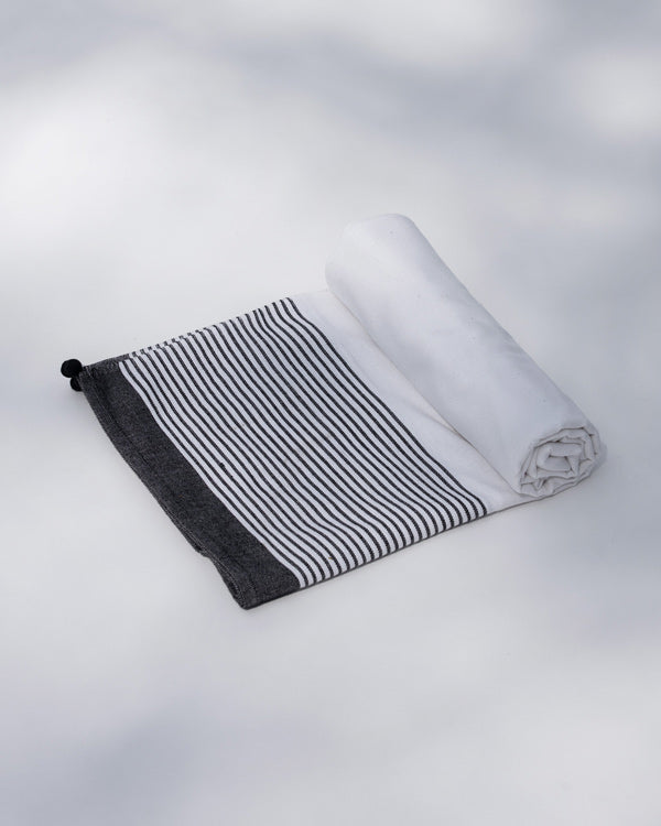 Infinity Stripe Towel - White & Black