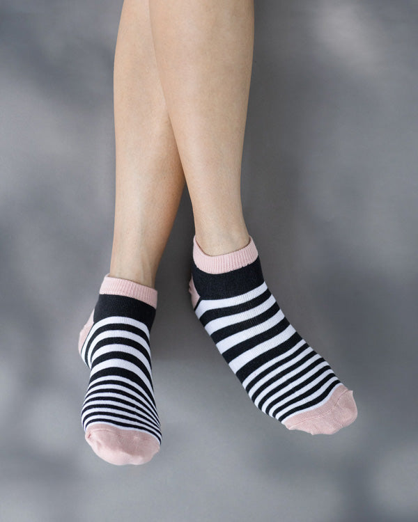 Narrow Stripe Socks - Black & Pink
