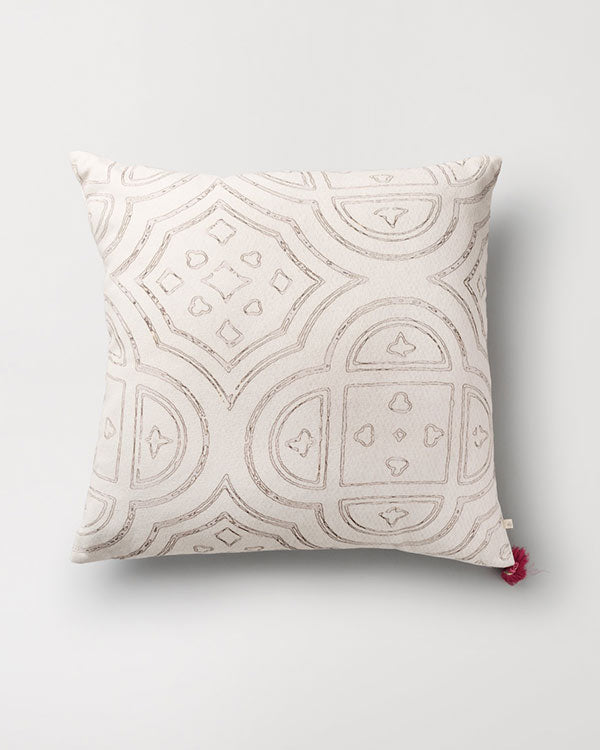 Octa Cushion - Ivory