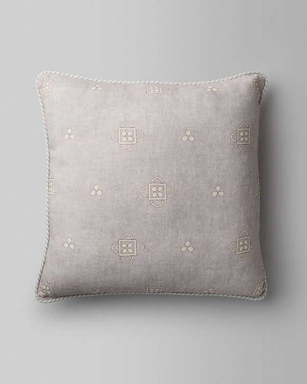 Okur Cushion