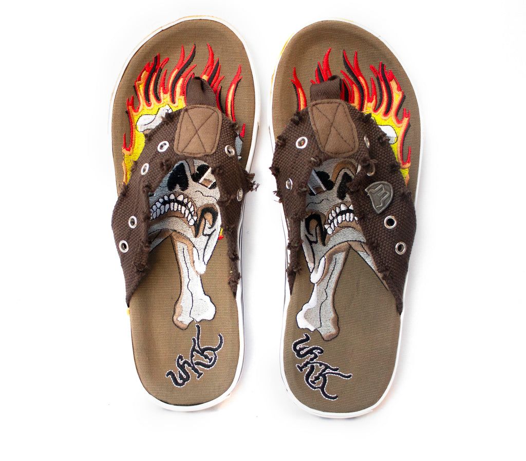 FIRE (SLIPPERS) - Tarteeb Store