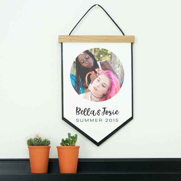 'Best Friends' Favourite Photo Hanging Wall Decor