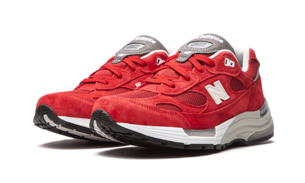 NEW BALANCE 992 X KITHMAS RED - The Edit Man London