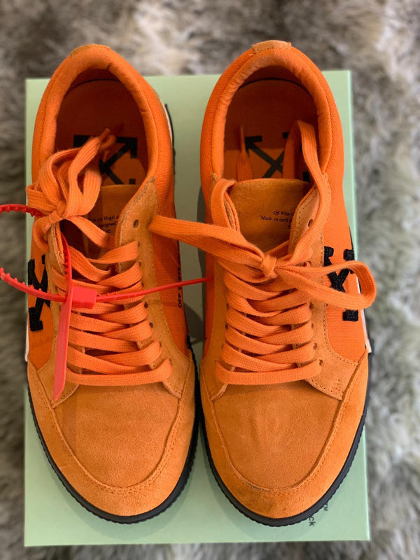 PRE LOVED - OFF-WHITE VULCANIZED LOW ORANGE