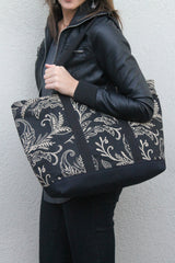 Pargo Onyx Large Tote - Model