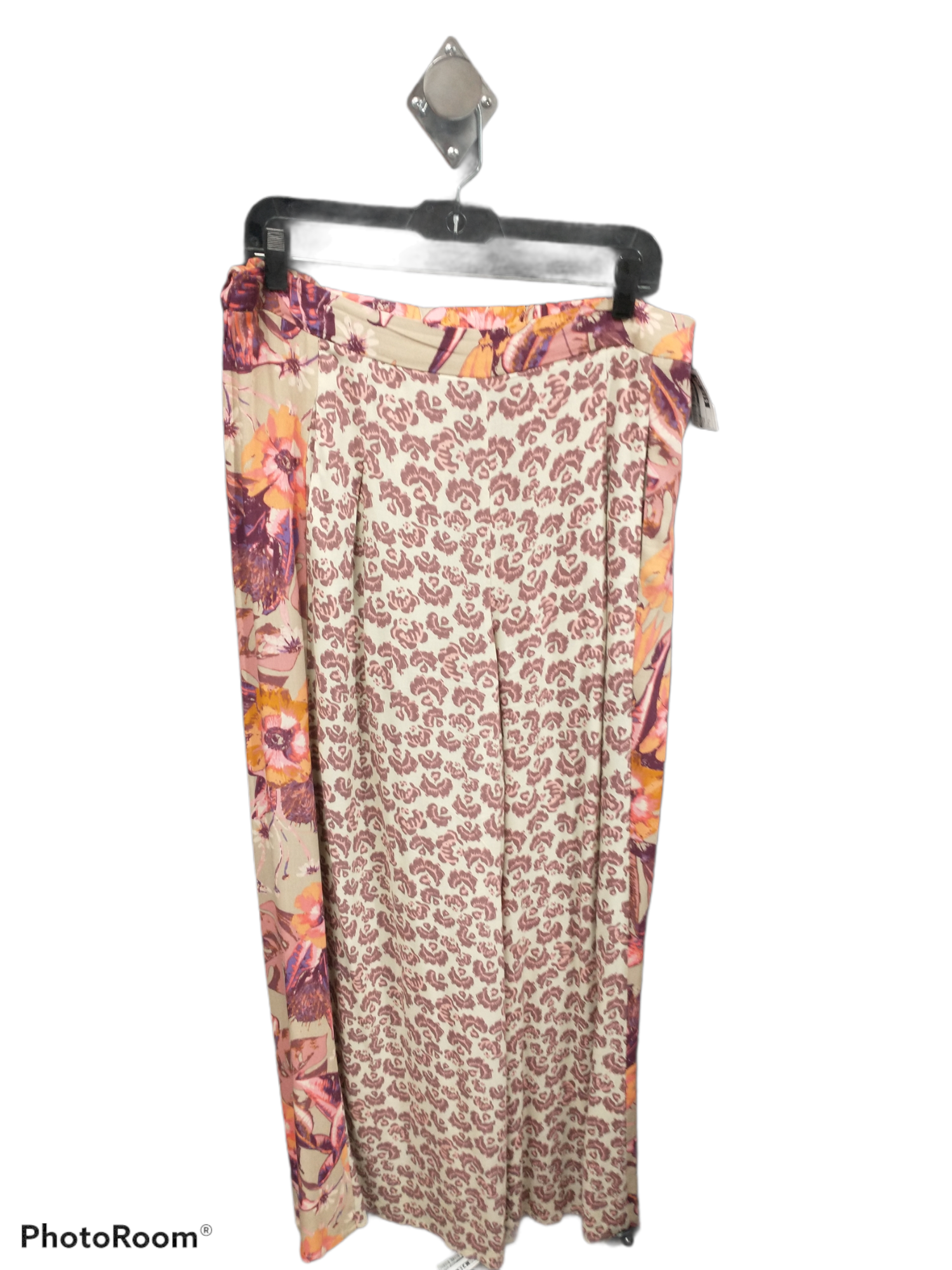Primary Photo - brand: free people , style: pants , color: floral , size: l , sku: 267-26790-13398