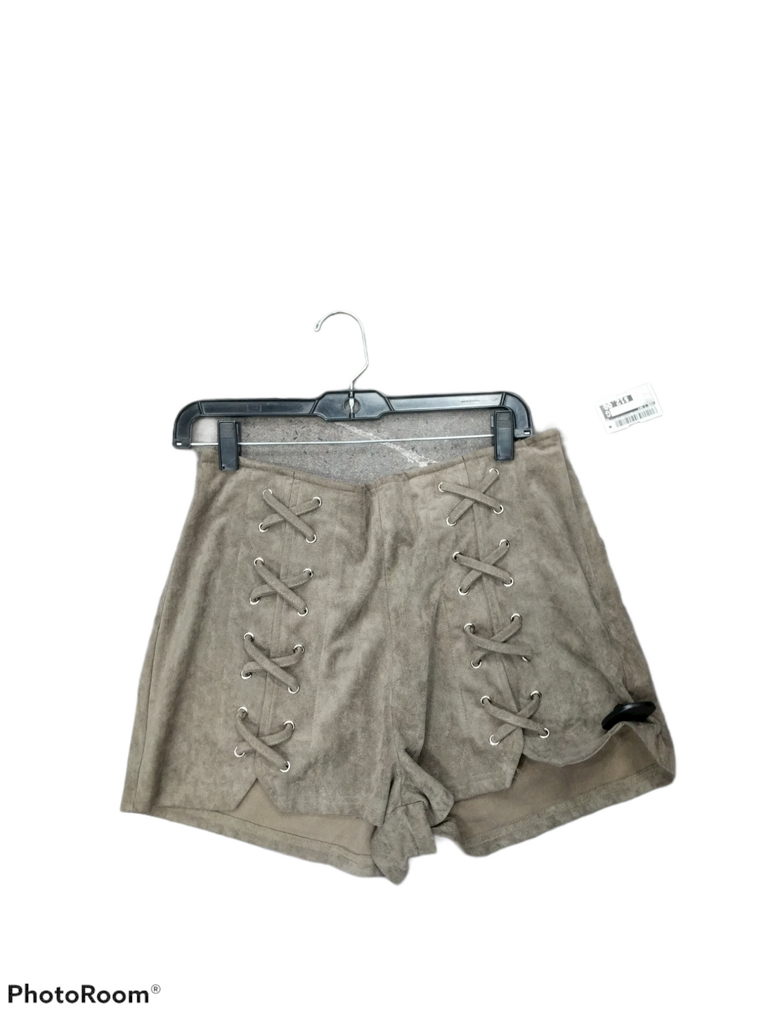 Primary Photo - brand: she + sky , style: shorts , color: taupe , size: l , sku: 267-26790-3143