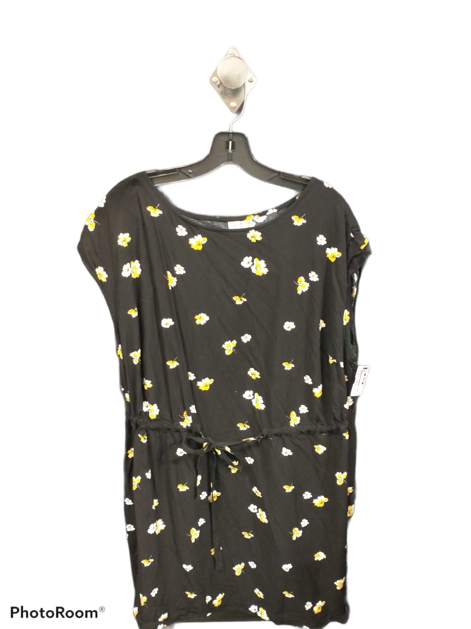 Primary Photo - brand: old navy , style: dress short short sleeve , color: black , size: 2x , sku: 267-26790-14391