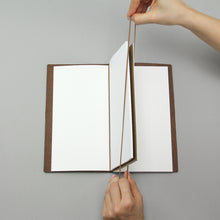 Load image into Gallery viewer, 021 TRAVELER'S notebook Refill Connecting Rubber Band