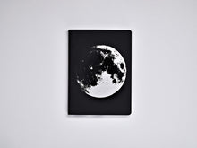 Load image into Gallery viewer, Nuuna Graphic L Moon