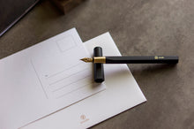 Load image into Gallery viewer, ystudio Black Resin Fountain Pen