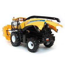 Load image into Gallery viewer, ERTL 1/32nd Prestige Series New Holland FR850 Self Propelled Forage Harvester