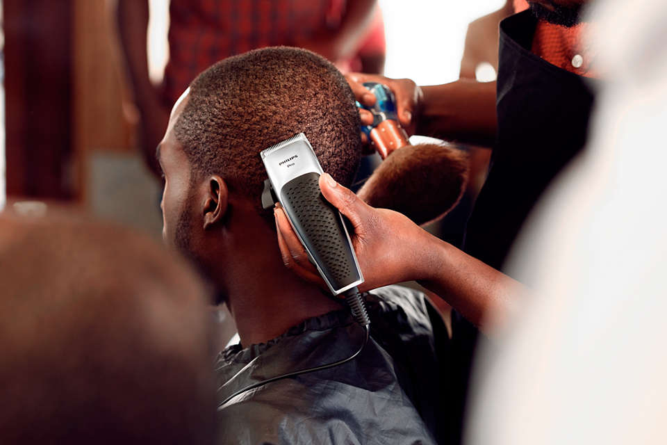 Philips Hairclipper series 5000 Pro clipper-Hair Clippers on -Homely.co.ke