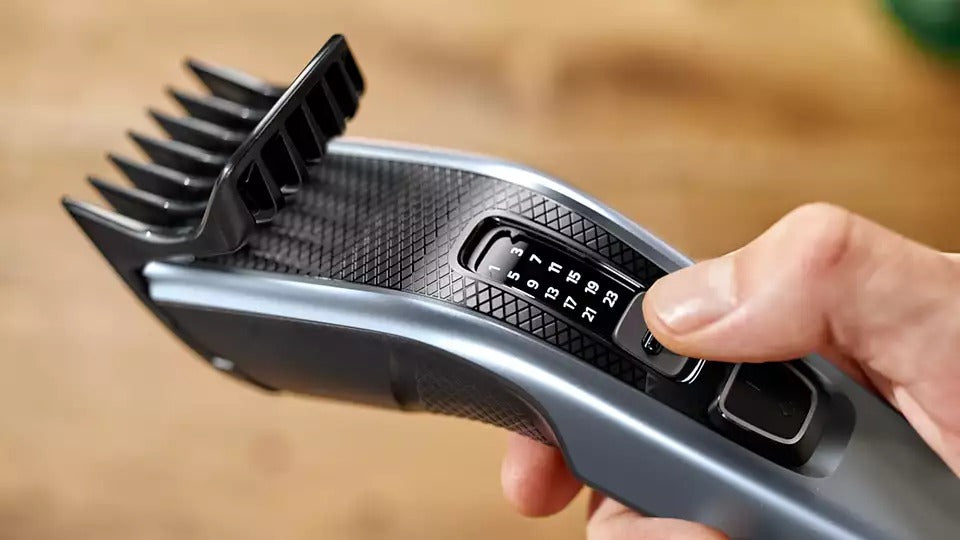 Philips Hairclipper series 3000 HC3530-Hair Clippers on -Homely.co.ke