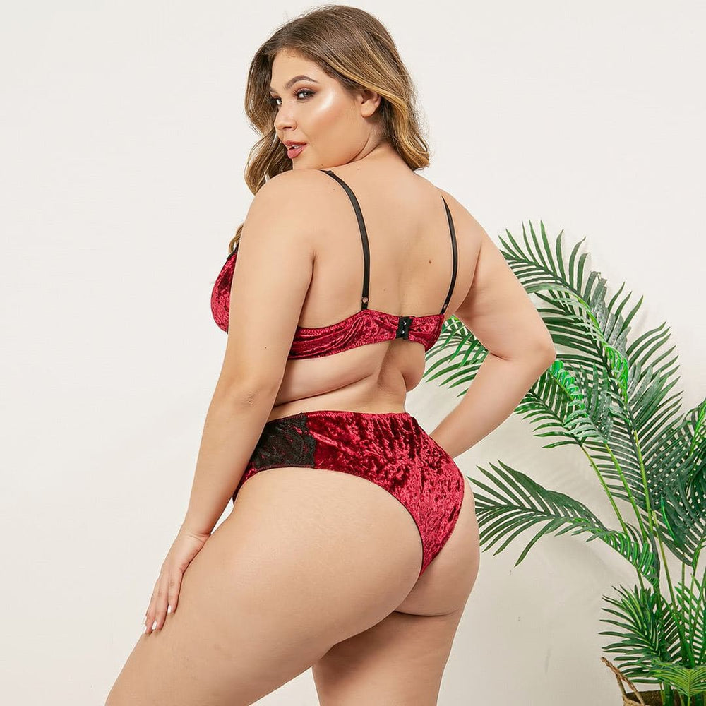 Load image into Gallery viewer, Red Velvet Bralette set