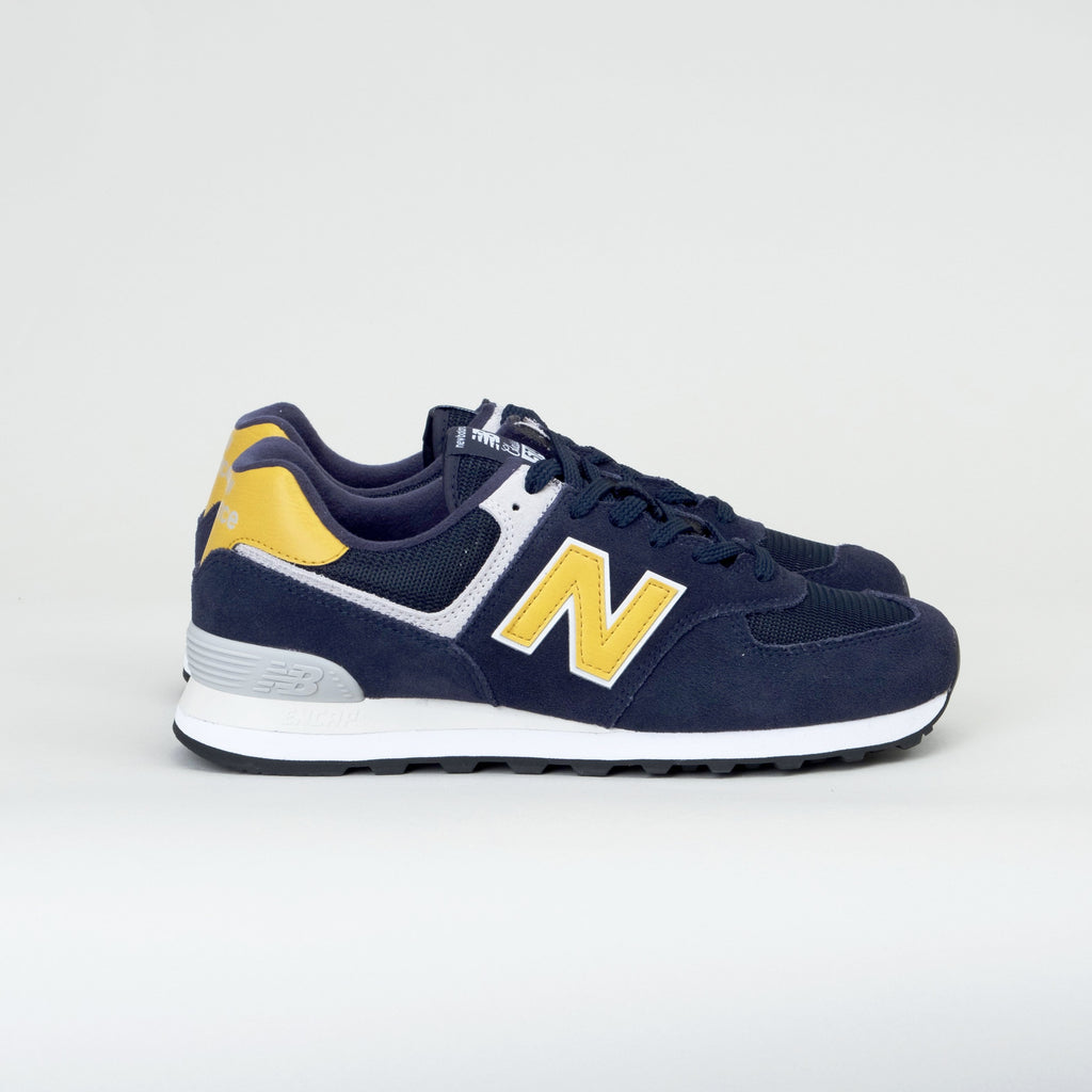 new style 91d73 a055a New Balance - 574 Classic Pigment/Brass