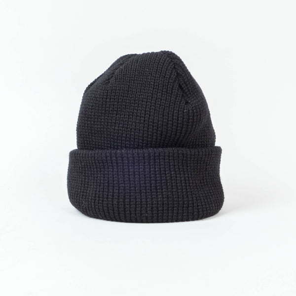 UNIV - Fisherman Short Cuff Beanie Black