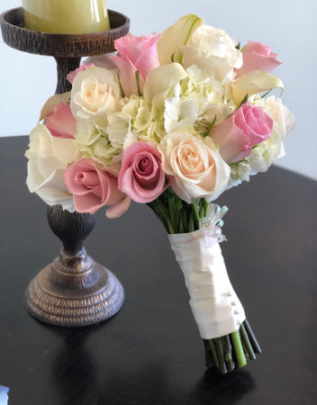 C7242 - Hand tied Bouquet