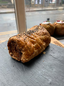 Pork & apple sausage roll (Click & Collect/Local delivery Every Friday )