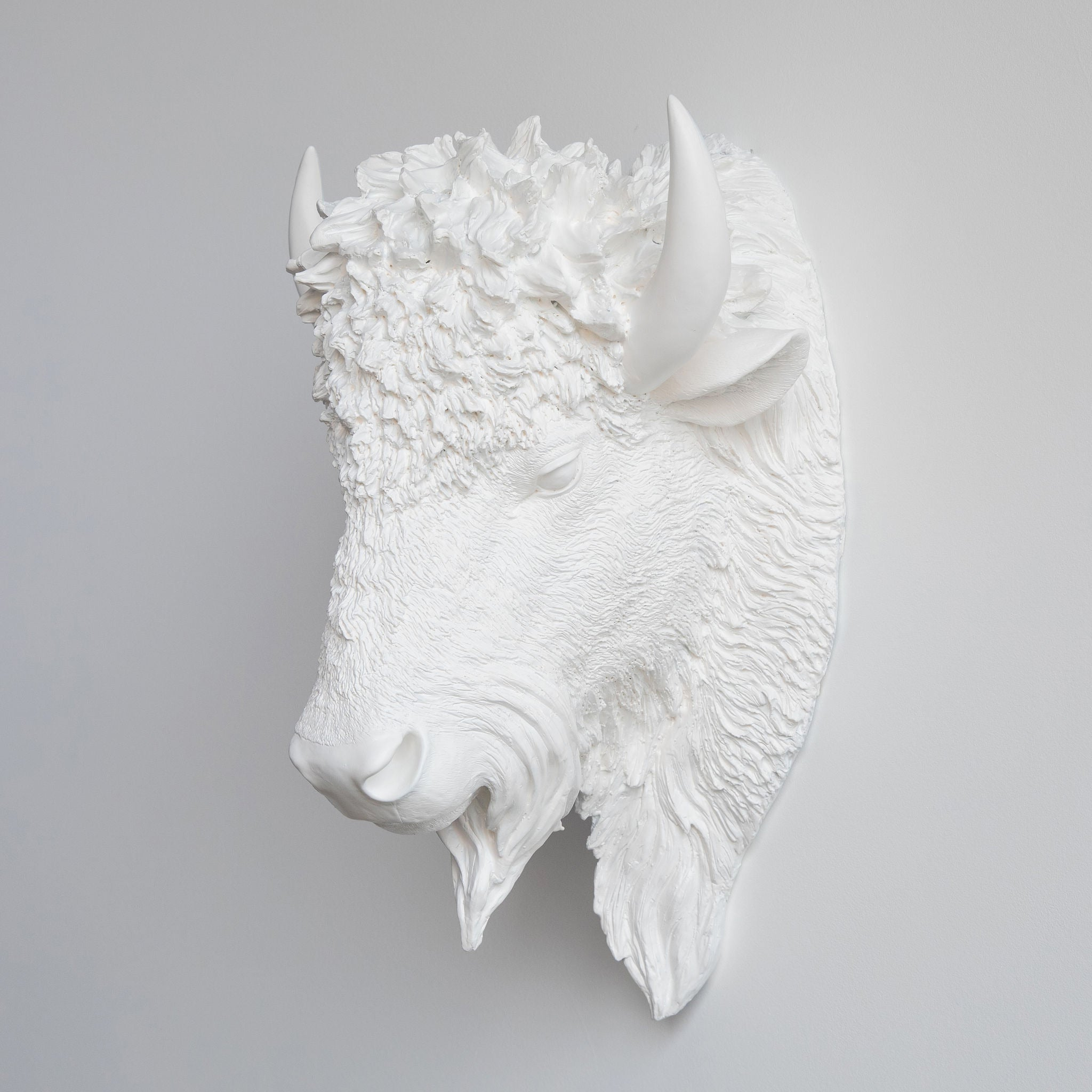 Faux Buffalo Bison Head Wall Mount // White